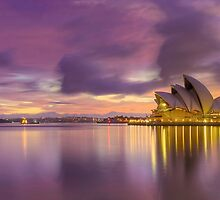 Clouds and light  at the Opera by donnnnnny