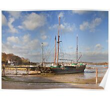 Barge at Pinmill Poster