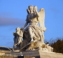 The angel of Versailles by João Figueiredo