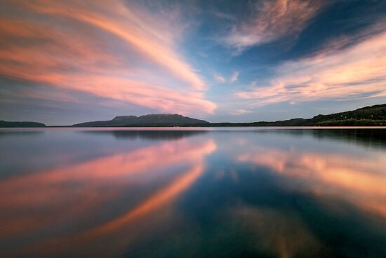 Tarawera Magic by Michael Treloar