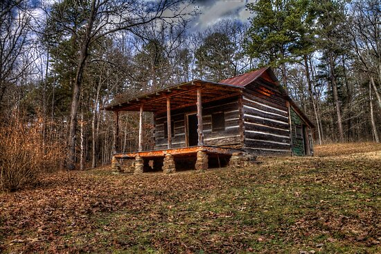 Old pioneer cabin magazine mountain state park for Cabins near mount magazine