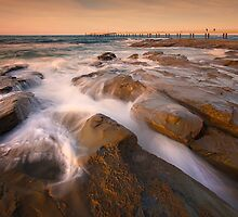 Wet Rocks - Lorne by Hans Kawitzki