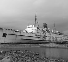 Duke of Lancaster Mono by kalaryder