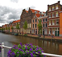 The Old Rhine in Leiden by Adri  Padmos