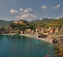 Monterosso Beach, Cinque Terre by TLCPhotography
