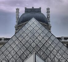 Pyramid At The Louvre ( 3 ) by Larry Lingard-Davis