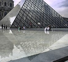 Pyramid At The Louvre ( 6 ) by Larry Lingard-Davis