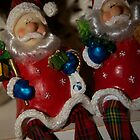 Twin Santas by grampsman
