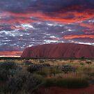 Uluru (Ayers Rock) by bowenite