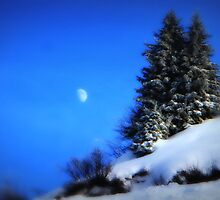 Moon and Mountain by emajgen