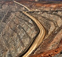Super Pit - Kalgoorlie Western Australia by Phil Woodman