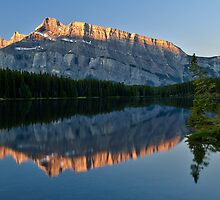 Mt Rundle 2 by Peter Luxem