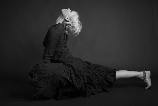 Lisa - Mukti Yoga by Philip Werner