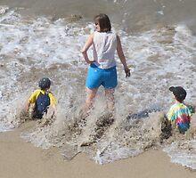 A Wave!!!! - Una Ola!!!!! by PtoVallartaMex