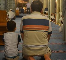 Praying in Istanbul by HaraSklika