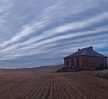 Burra Ruin, before Dawn by pablosvista2