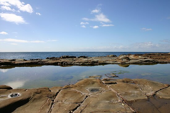 Rock Pool near The Entrance NSW Australia by Sandy1949
