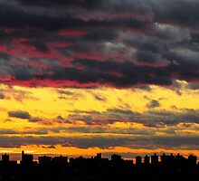 Marble sky, New York City  by Alberto  DeJesus