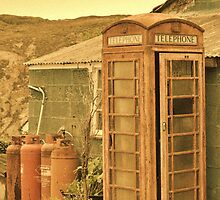 Abandoned Phone Box by jonshort58