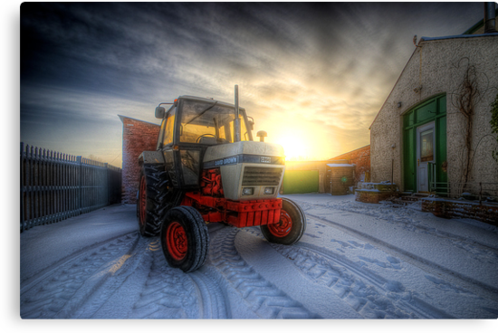 Tractor Sunrise  by Yhun Suarez