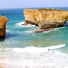 LONDON BRIDGE Great Ocean Road Victoria by Andrew  MCKENZIE