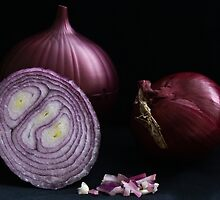 Red Onion by Maggie Deegan