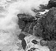 Rocks at Tacking Point by TonyCrehan
