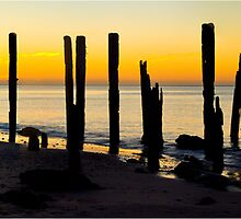 Port Willunga beach by Dennis Wetherley