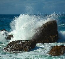 Waves crashing over Laguna Rocks by johnboy53