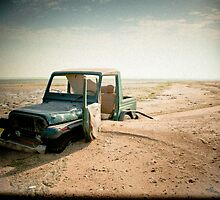 Stuck forever, Jeep on a beach in Kuwait by NicoleBPhotos