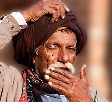 Turban Itch by phil decocco