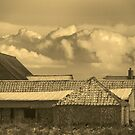 Norfolk Farm Buildings.  by Billlee
