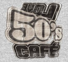 Love 50's Cafe Vintage - T-Shirt by Nhan Ngo