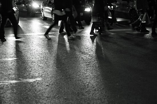 Crossing the street by Esther  Moliné