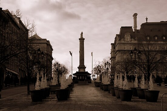 Jacques Cartier Square - Vieux Montreal by Kathryn  Young
