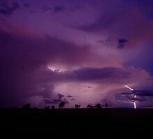 Mingara lightning by Penny Kittel