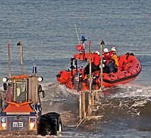 Inshore Lifeboat Launch by ten2eight