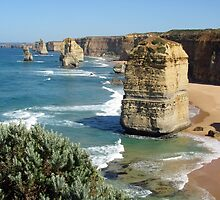 Twelve Apostles - Port Campbell National Park, Victoria by GMerks