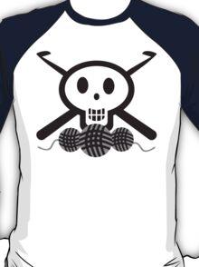Crochet hooks skull and yarn t-shirt T-Shirt
