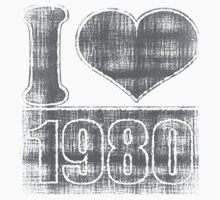 I heart 1980 Vintage T-Shirt by Nhan Ngo