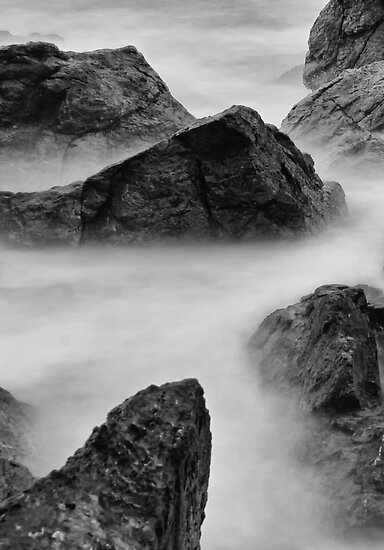 Misty Rocks by YingDude