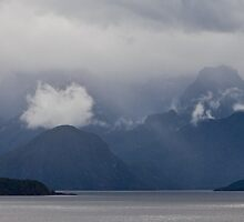 Manapouri Marshmallow by Martin Canning