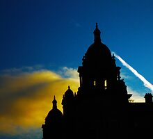 Silhouette Glasgow City Centre by Raye Laughton