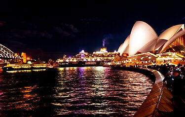 Goodbye Sydney ! by miroslava