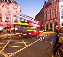 London Piccadilly circus at night by Darren Sharp