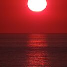 Bright Shining Sun - Red Sky - Red Ocean  -  Sol Brillante - Cielo Rojo - Oceano Rojo by Bernhard Matejka