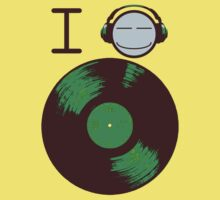 I Listen To Vinyl by micusficus