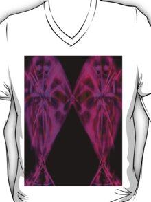 kiss me 1b T-Shirt