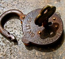 Vintage Padlock #2 by axemangraphics