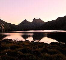 Serenity lake, Cradle Mountain Tasmania by bevanimage